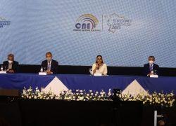 La presidente del CNE, Diana Atamaint, felicitó a los ecuatorianos que participaron en las elecciones. Foto: API