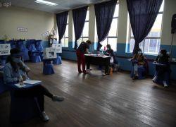 Elecciones para presidente de la República, recinto electoral del Colegio Santo Domingo de Guzmán de Quito. APIFOTO/Juan Ruiz Condor