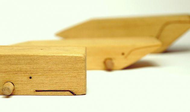 Ballenas JuanJosé Muebles. Juguetes de madera en forma de ballena.