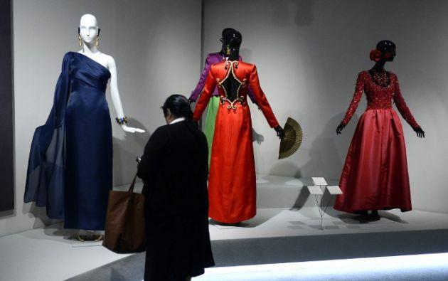 Foto: AFP/Gerard Julien. Las creaciones de Givenchy estarán hasta el 18 de enero de 2015.