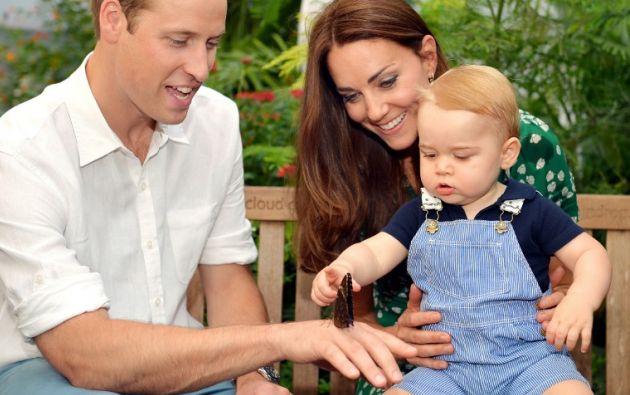 Guillermo y Kate junto a su primer hijo, Jorge.