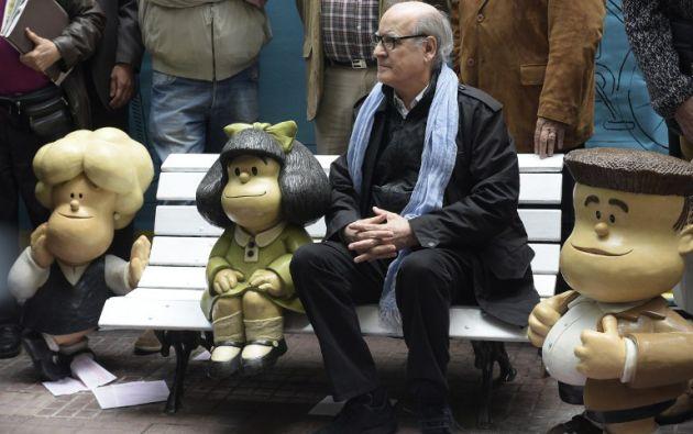 Falda junto a sus amigos. Foto: AFP