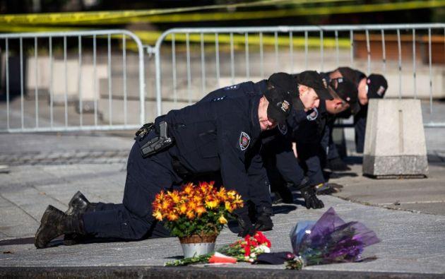Un día después del atentado, la policía continúa con la investigación. Foto: AFP