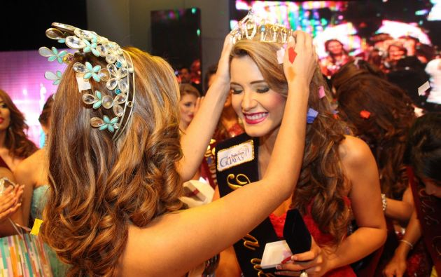 Mónica González representó al cantón Guayaquil. Tiene 23 años.