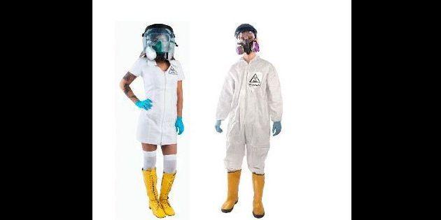 El kit completo incluye: traje blanco, guantes, máscaras, botas de caucho y gafas protectoras. Foto: AFP