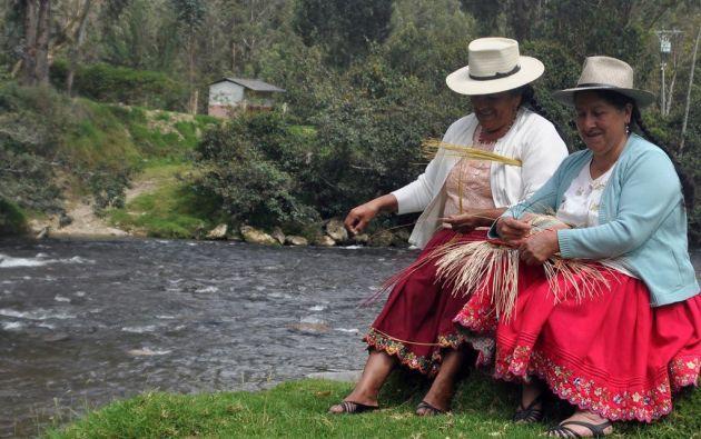 La chola cuencana representa a la mujer campesina del Austro ecuatoriano.