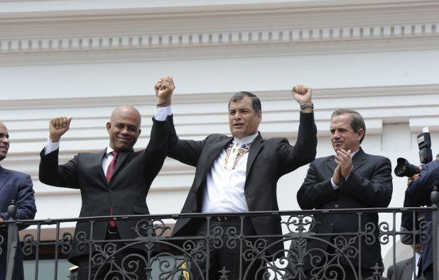 Ambos presenciaron la tradicional ceremonia del cambio de guardia. Foto: Flickr / Presidencia Ecuador