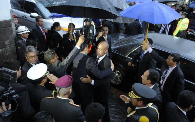 Correa despidiendo a Martelly. Foto: Flickr / Presidencia de Ecuador