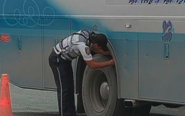 En lo que va del año, 1.235 buses han sido sancionados en Guayas por reprobar estas revisiones.