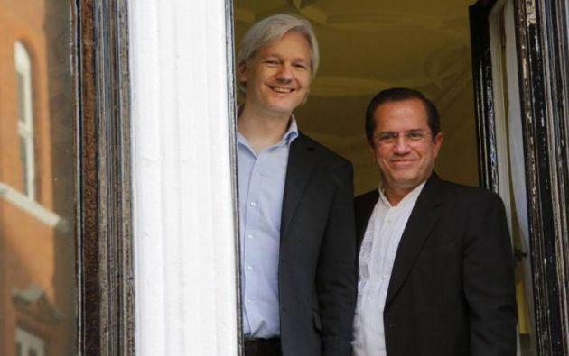 Julian Assange se refugió en la embajada de Ecuador en Londres en el 2012. Foto: Archivo Vistazo