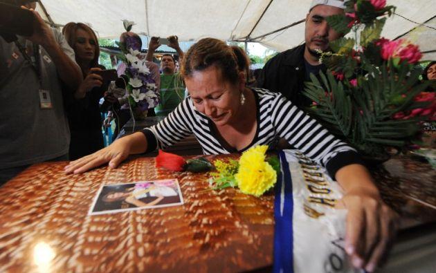 Teresa Muñoz, madre de las jóvenes. Foto: AFP