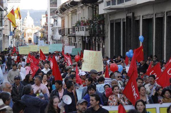 Avanzaron por las calles del centro de la capital.