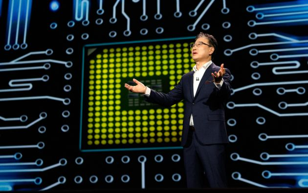 Boo-Keun Yoon, presidente de Samsung, en la Feria CES en Las Vegas. Foto: REUTERS / Rick Wilking