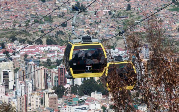 El teleférico de la Paz fue inaugurado en 2014 y desde él que se aprecia una impresionante vista de la ciudad. Foto: FLICKR/Presidencia de Ecuador