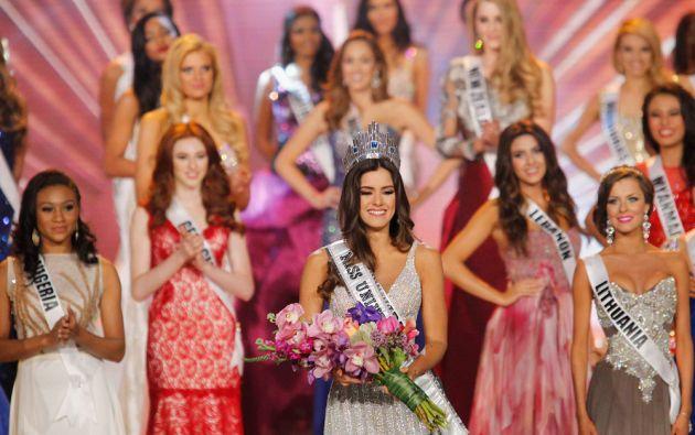 """Paulina Vega dedicó su triunfo a los """"47 millones de colombianos"""". Foto: REUTERS/Andrew Innerarity"""
