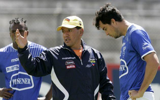 Vizuete estuvo al frente de la selección en la Eliminatoria a Sudáfrica 2010. Foto: Archivo
