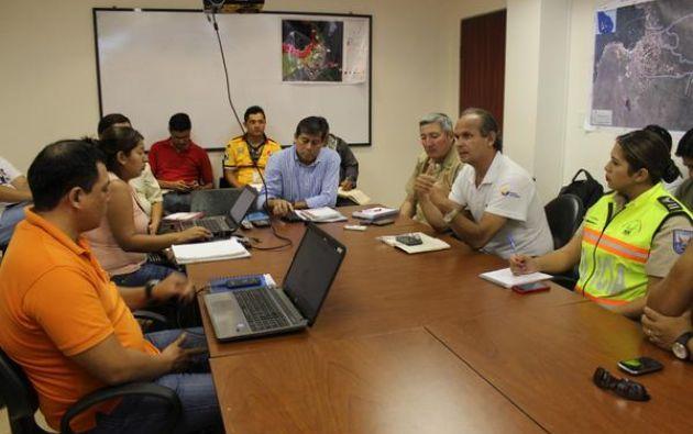 COE provincial en sesión. Foto: Parque Nacional Galápagos