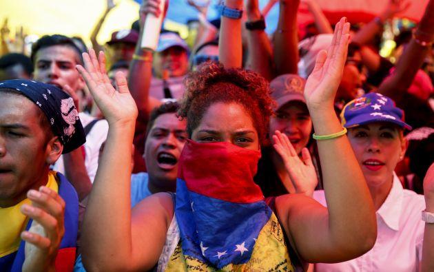 Simpatizantes de laoposición venezolana durante una potesta en Caracas, el pasado24 de enero. Foto: REUTERS