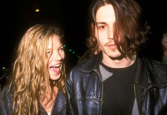 Depp estuvo vinculado sentimentalmente con la modelo Kate Moss.