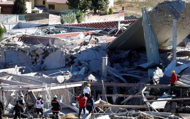 La explosión de una camioneta gas afectó seriamente un hospital infantil en Ciudad de México. Foto: REUTERS/Edgard Garrido