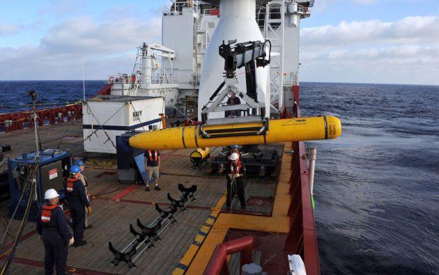Tras más de 10 meses de búsqueda aérea y submarina, no se han encontrado restos del avión. Foto: REUTERS
