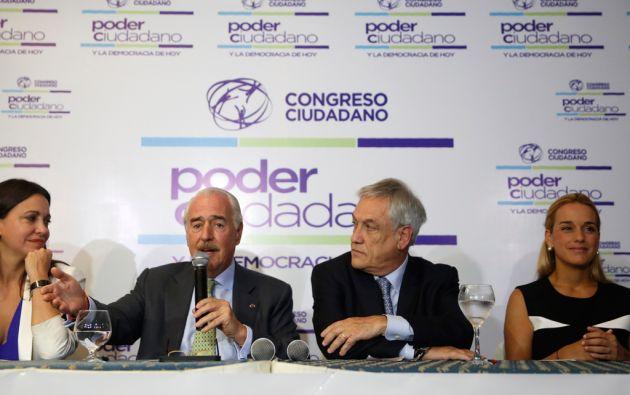 El expresidente Pastrana junto la opositora venezolana María Corina Machado (izq.), Sebastián Piñera y Lilian Tintori, esposa de Leopoldo López. Foto: REUTERS