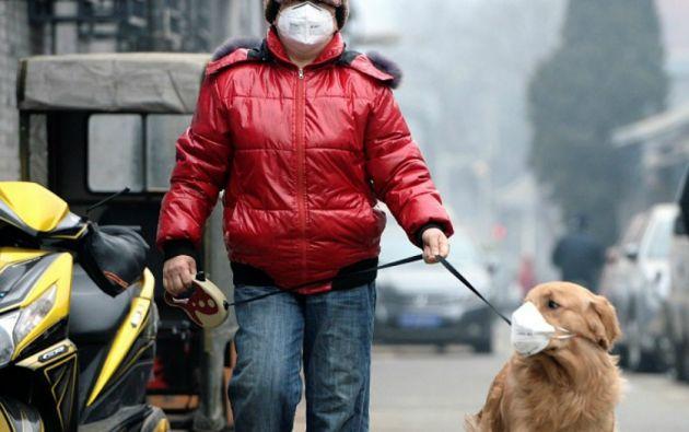 Se calcula que entre 350 000 y 500 000 personas mueren prematuramente cada año como resultado de la contaminación en China. Foto: REUTERS