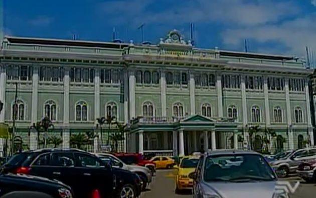 Permaneció 18 días en el hospital Luis Vernaza en Guayaquil.