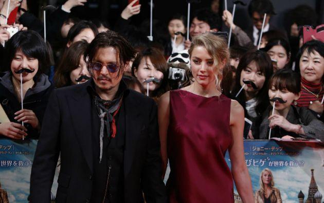 """Heard acompañó a Depp en el estreno de """"Mortdecai"""" en Tokio. Foto: REUTERS"""