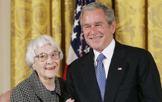 George Bush entregó a Lee Harper la Medalla de la Libertad en la Casa Blanca, en el 2007. Foto: REUTERS