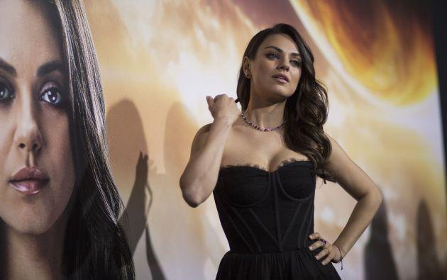 """Mila Kunis en la premiere de """"Jupiter Ascending"""", en el teatro chino TLC de Hollywood."""