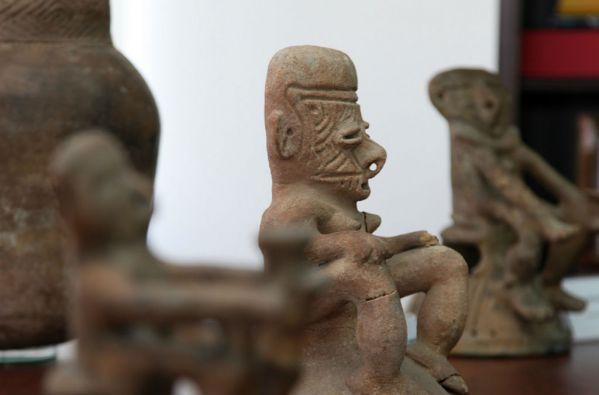 La recuperación de los objetos patrimoniales ocurrió el 8 de enero de 2010. Foto: Cancillería de Ecuador