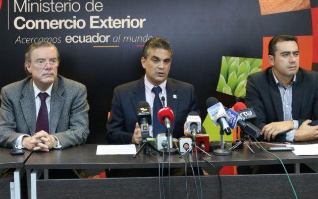 Francisco Rivadeneira explicó que la salvaguardia se mantendrá en vigor hasta que se desmantele en la semana del 23 de febrero. Foto: Ministerio de Comercio Exterior.