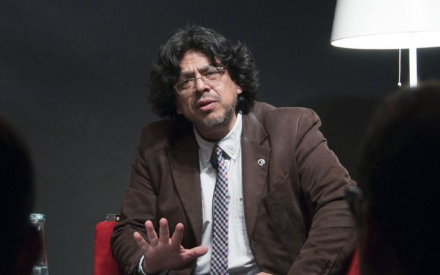 El narrador peruano Fernando Iwasaki obtuvo el Premio Don Quijote de Periodismo. Foto: Página web de Fernando Iwasaki.