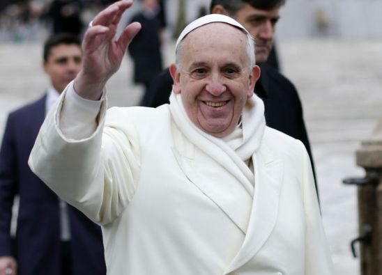 """""""Llámenme Francisco"""" una de las dos películas que actualmente se ruedan sobre el pontífice. Foto: REUTERS"""