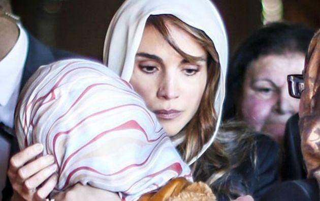 La reina Rania encabezó la marcha por las calles de Ammán hasta la plaza Najil. Foto: REUTERS