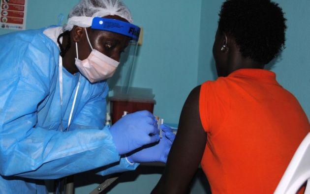 El antiviral japonés se aplica en Guinea. Foto: AFP