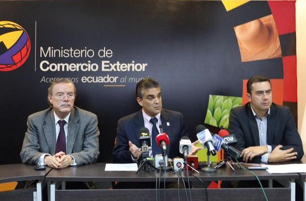 Ministro de Comercio Exterior, Francisco Rivadeneira. Foto: Twitter