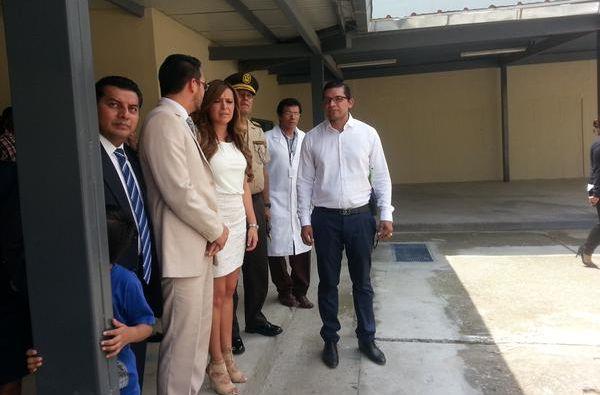 Ministra de Justicia, Ledy Zúñiga, durante el recorrido. Foto: Twitter / Justicia Ecuador