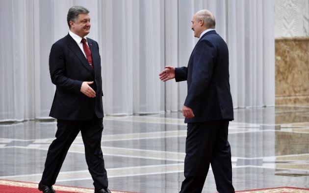 Petro Poroshenko a su llegada. Foto: AFP