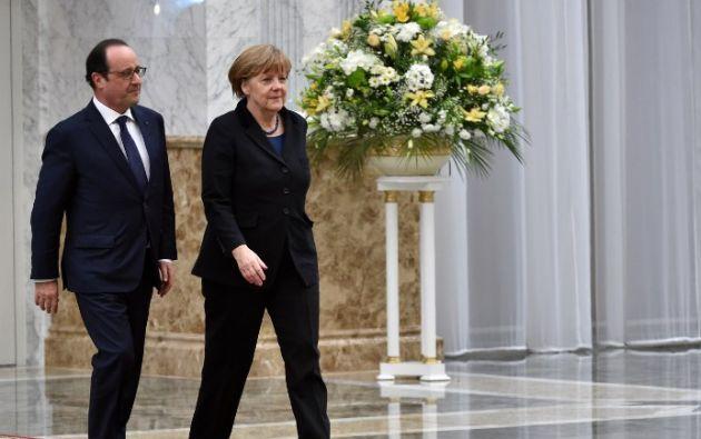 François Hollande y Angela Merkel. Foto: AFP