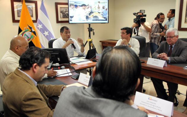 Correa durante el conversatorio. Foto: Flickr / Presidencia de la República