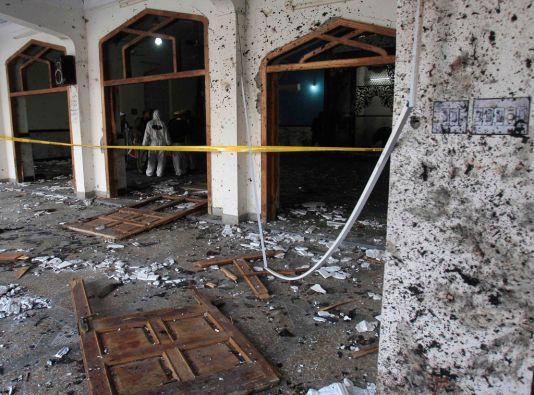 El ataque tuvo lugar en un templo de la ciudad de Peshawar. Foto: REUTERS