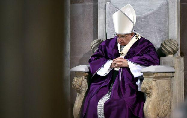 El obispo de Roma, junto con la Curia, se retirará desde el próximo domingo y hasta el 14 marzo. Foto: AFP