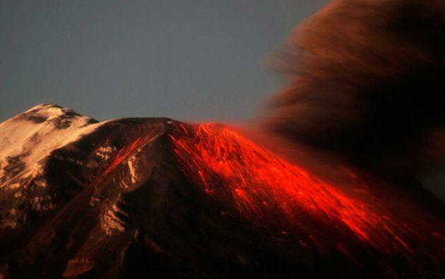 Entre julio y octubre de 2014, el Tungurahua registró su último periodo de alta actividad con la presencia de explosiones, emisiones de ceniza y pequeños flujos piroclásticos en la fase inicial. Foto: REUTERS