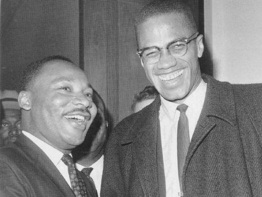 Malcolm X junto al también activista Martin Luther King, quien sería asesinado en 1968.