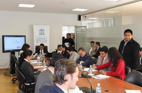 Comisión discute el código en la Asamblea. Foto: Twitter / Asamblea Nacional