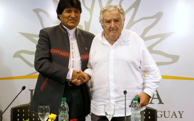 Morales se encuentra en Uruguay, donde firmó varios acuerdos con su homólogo José Mujica. Foto: REUTERS