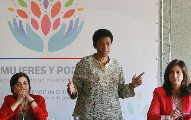 La directora de ONU Mujeres participa en Chile en una reunión para abordar la participación femenina en la toma de decisiones y su acceso a cargos de poder. Foto: ONU Mujeres