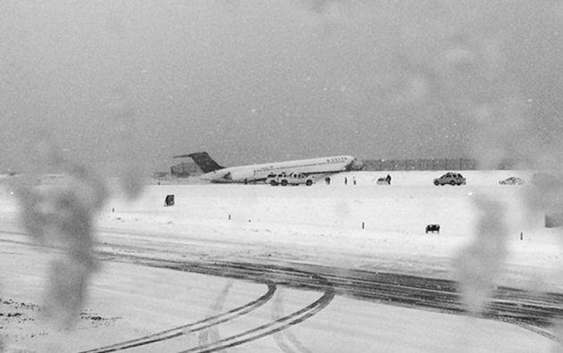 Una foto de Instagram de Kristina Grossmannmuestra el vuelo Delta 1086 de Atlanta luego de que se saliera de la pista. Foto: AFP